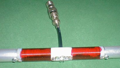 The centre part of the KGD antenna with coax connected