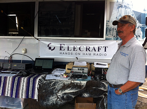 Gary VK4FD and his display of Elecraft gear at the Wyong field day